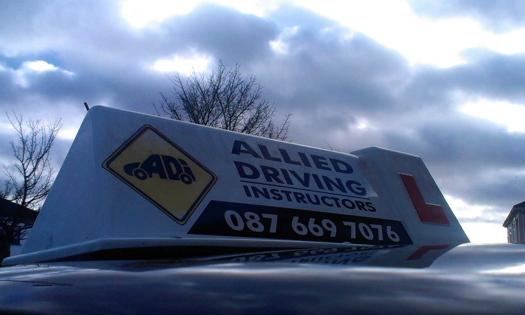 Will driving test centres close in bad weather